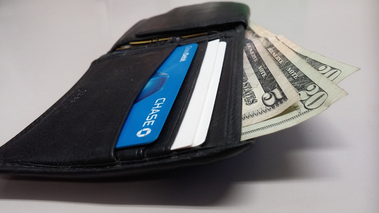 dolary v peněžence