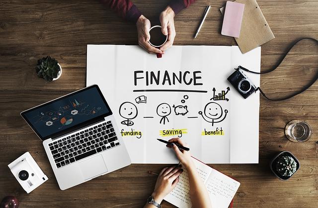 Finanční poradce, strašák i pomocník